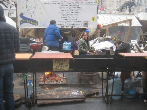 Euromaidan food preparation area ('Grill, not trashcan!!!')